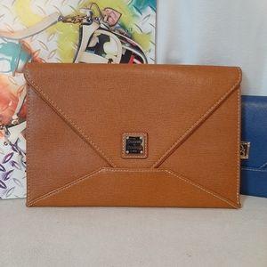 Dooney Bourke Envelop Cloth - Tan Large